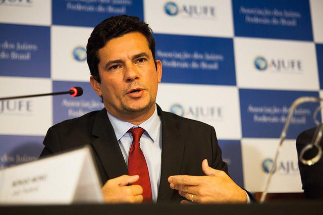 Juiz Sérgio Moro recebe R$ 77 mil, bem acima do teto constitucional