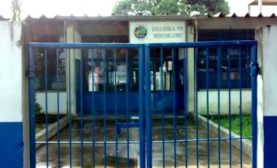 escola em valinhos google