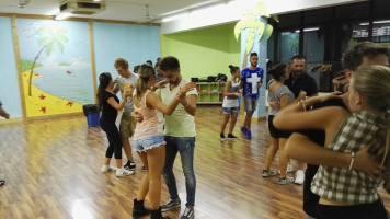 Centro-Danze-Descarga-Cubana-CartaCon-3