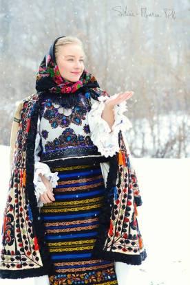 Ie - blusa romena