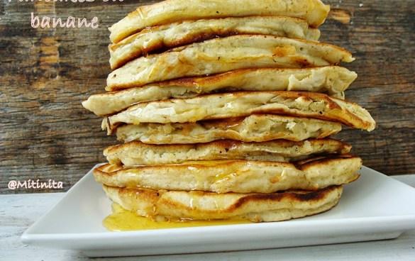 pancakes cu banane