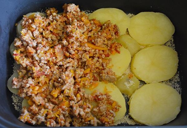 Musaca cu cartofi si carne tocata