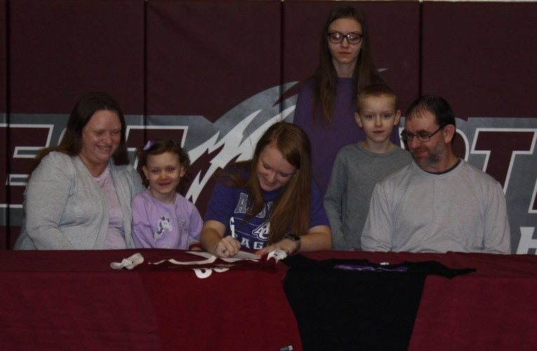 Barker heads to Asbury: Signs intention to play soccer with school