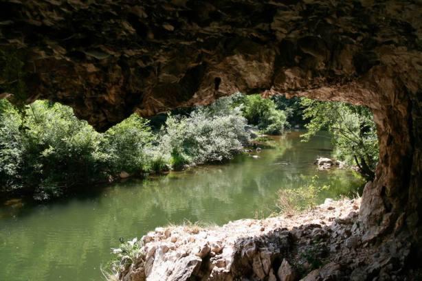 Cheile Nerei_Podu Beiului_Canton Damian_La Carlige_Catunul lui Vogiun_Izbucul Iordanului_Lacul Dracului_010