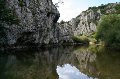 Cheile Nerei_Podu Beiului_Canton Damian_La Carlige_Catunul lui Vogiun_Izbucul Iordanului_Lacul Dracului_016
