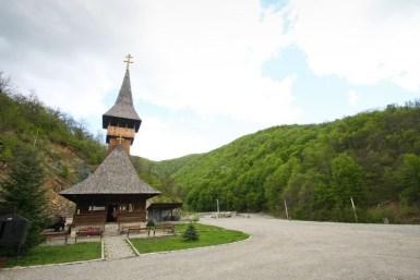 Manastirea Vodita, judetul Mehedinti_02