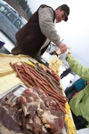 Mini-piata din Cheia - Produse traditionale romanesti