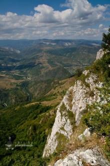 Poarta Zmeilor si Pestera Poarta Zmeilor - Culmea Bedeleului - Muntii Trascau_14