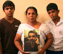 Missing cartoonist Prageeth Eknaligoda's wife Sandya and sons Sathyajith Sanjaya and Harith Danajaya