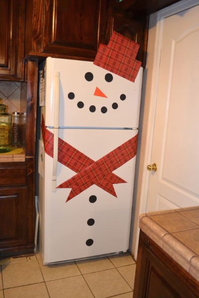 easy-diy-snowman-refrigerator-fridge