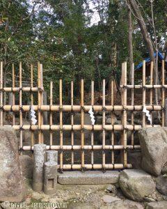 京都三珍鳥居の蚕の社の三柱鳥居