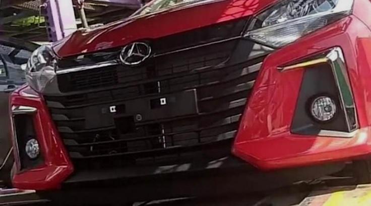 Daihatsu Ayla Facelift punya Wajah Baru
