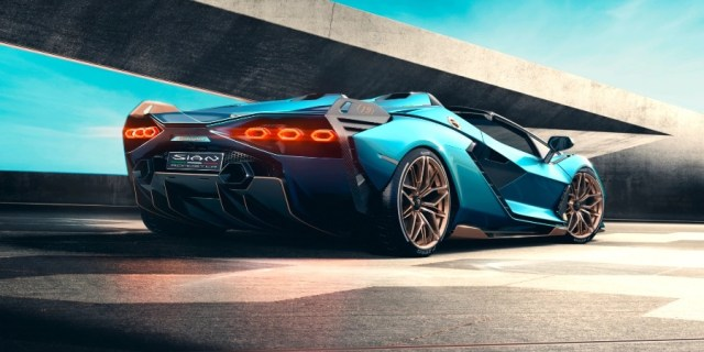 Lamborghini Sian Roadster - Rear Look