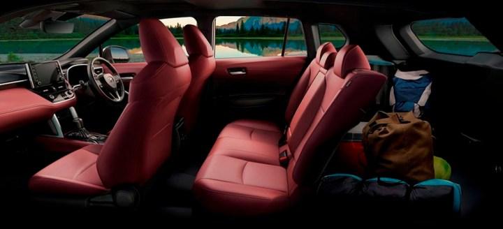 Toyota Corolla Cross - Interior Kabin dan Bagasi
