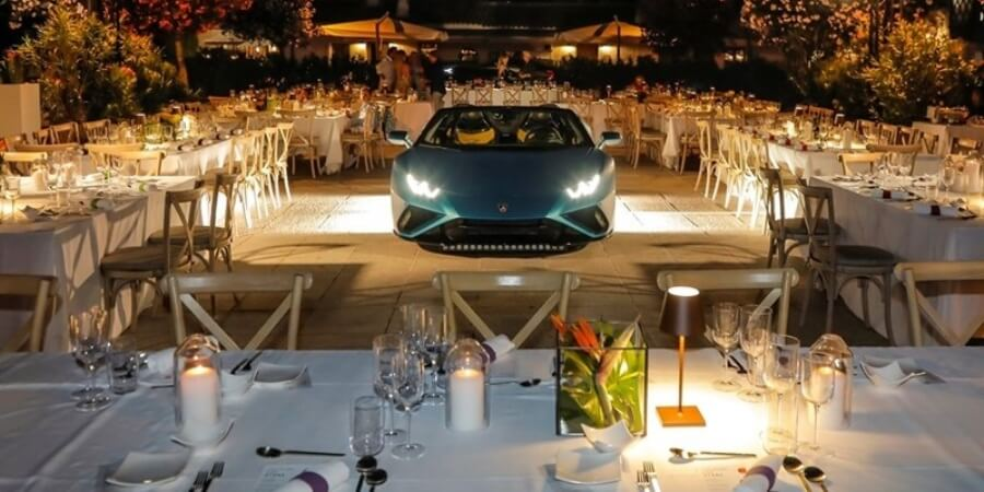 Lamborghini Huracan EVO RWD Spyder Dinner Pembukaan Lounge Porto Cervo