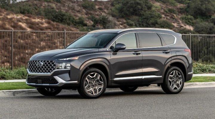 Harga Hyundai Santa Fe 2021 mulai 400 jutaan