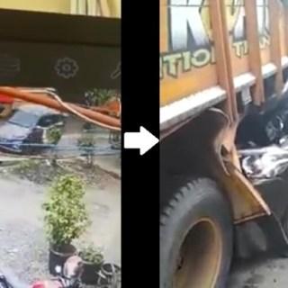 Suzuki Ertiga seruduk belakang truk