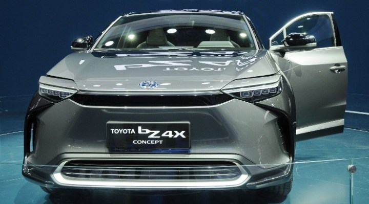 Toyota bz4X Concept di Shanghai Auto Show