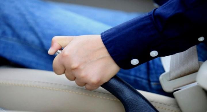 Parking Brake - Ciri Perlu Diperbaiki