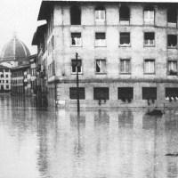 Indro Montanelli - Cronache del diluvio [anzi no, vergognati Caruso!]