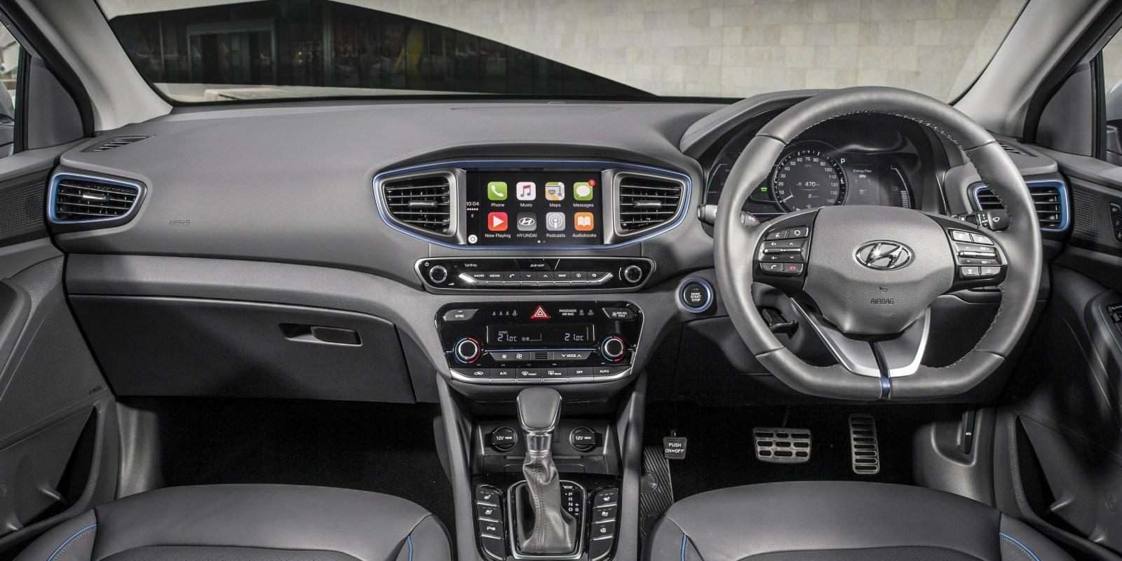 Hyundai Ioniq Hybrid Interior Amp Infotainment Carwow