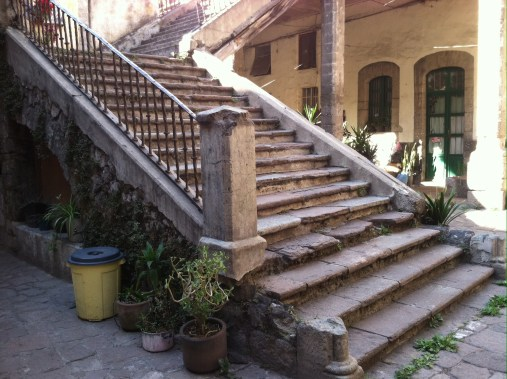 The stairs in the mansion-palace-apartment building