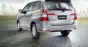 Toyota Innova side