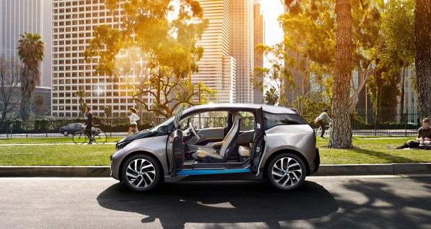 BMW i3 Exteriors Side View
