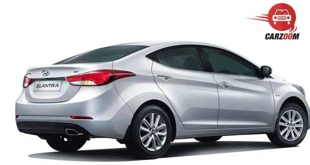 Refreshed Hyundai Elantra Side View