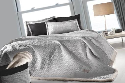 κουβερτα-υπέρδιπλη-220×240-guy-laroche-ristretto-silver-2