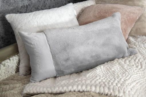 μαξιλάρια-φιγούρας-satin-με-γούνα-30χ60-guy-laroche-crusty-silver-2