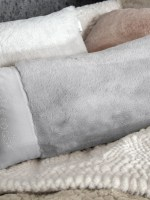 μαξιλάρια-φιγούρας-satin-με-γούνα-30χ60-guy-laroche-crusty-silver