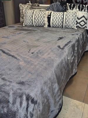 Κουβέρτα Βελούδινη Υπέρδιπλη 220x240 Black AC-106