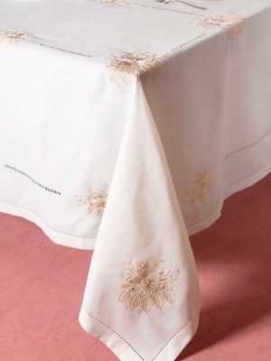 Silk Fashion Τραπεζομάντηλο 140x180 με κέντημα 4006 Ivory