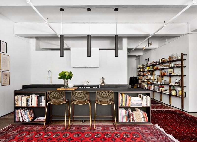 11 toques industriais e minimalistas marcam este loft de 140 m 2 em nova Vision Art NEWS