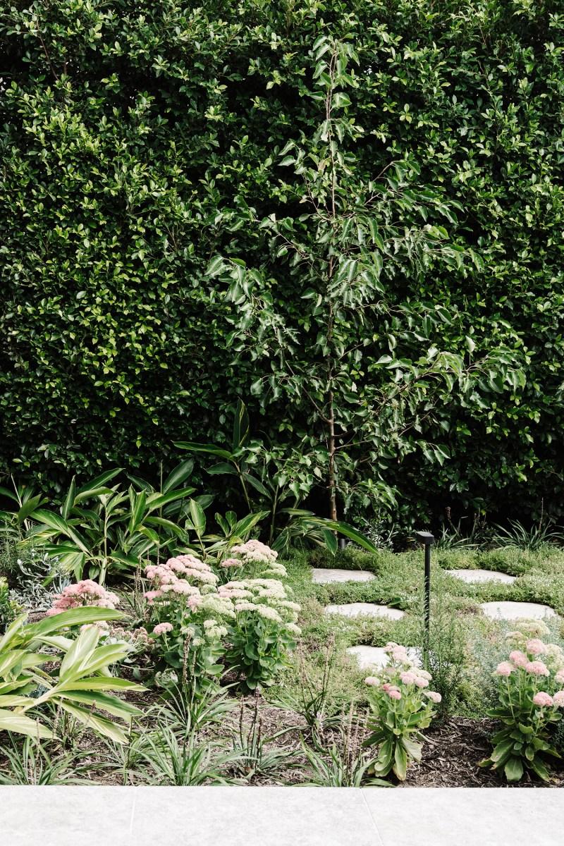 18 reforma conecta casa de 160 m 2 a jardim e traz sensacao de Vision Art NEWS