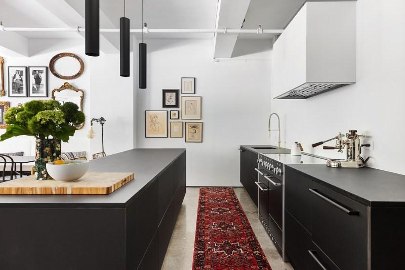 7 toques industriais e minimalistas marcam este loft de 140 m 2 em nova Vision Art NEWS