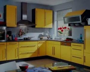 Remodelação de cozinha ergonómica amarela