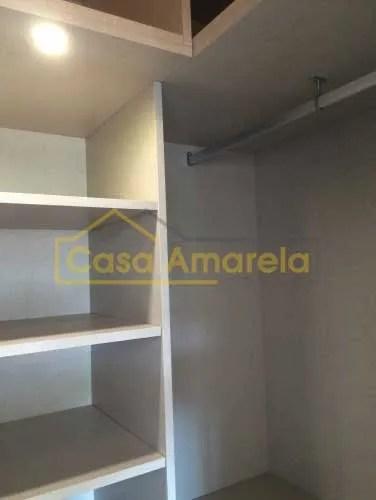 Execução de closet em remodelação de interiores no Porto.
