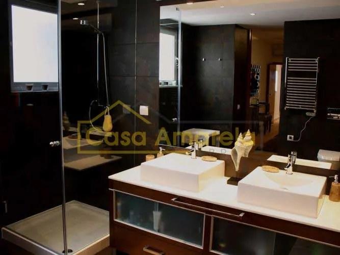 Remodelação de casa de banho dois lavatórios
