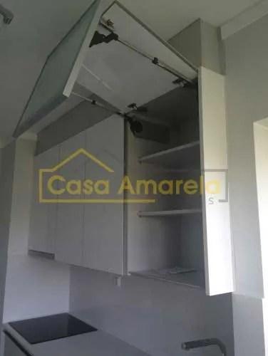 Remodelação de cozinha móveis lacado alto brilho