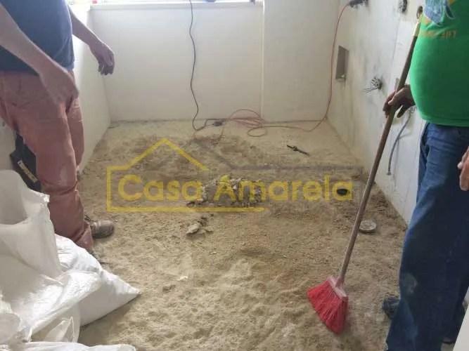 Remodelação de cozinha remoção de pavimento