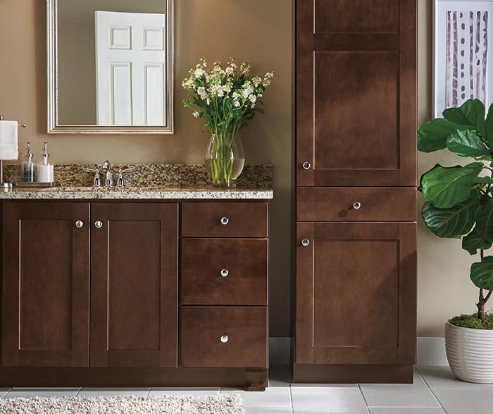 Aristokraft Bathrooms on Bathroom Ideas With Maple Cabinets  id=87329