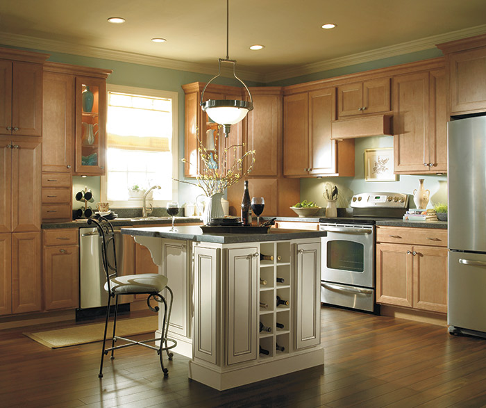 Homecrest Kitchens on Maple Cabinets Kitchen  id=19894