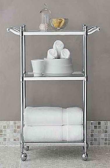 Em banheiro, pode ser usado inox, LATÃO cromado ou alumínio.
