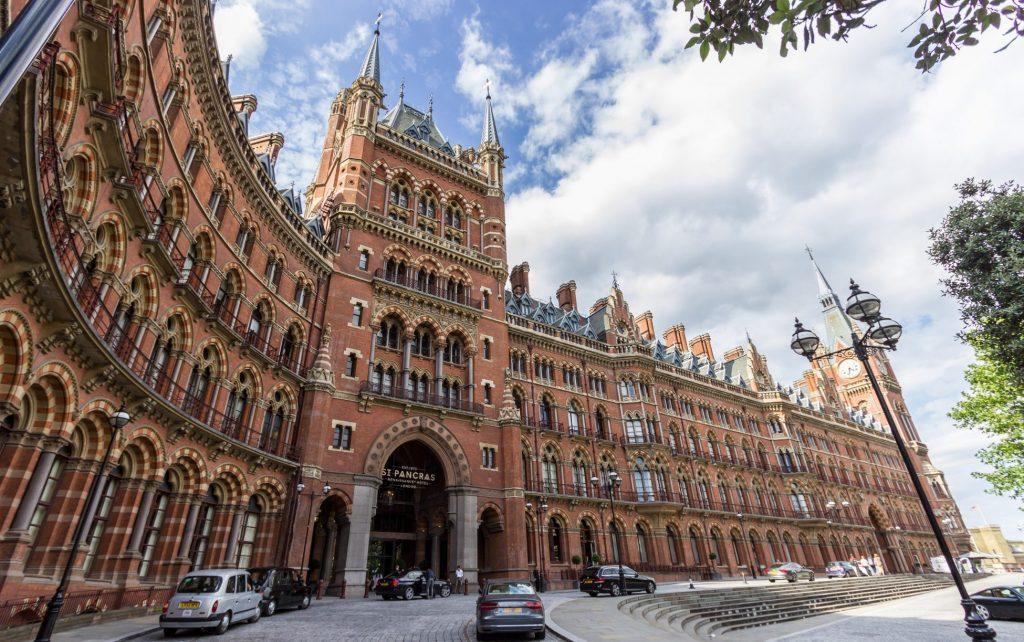 CasaAoCubo_st__pancras_renaissance_london_hotel_