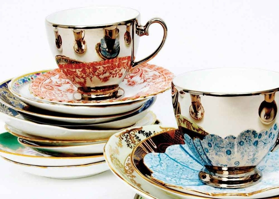 R-Brendon-Reflect-2-stacks-of-saucers-icon