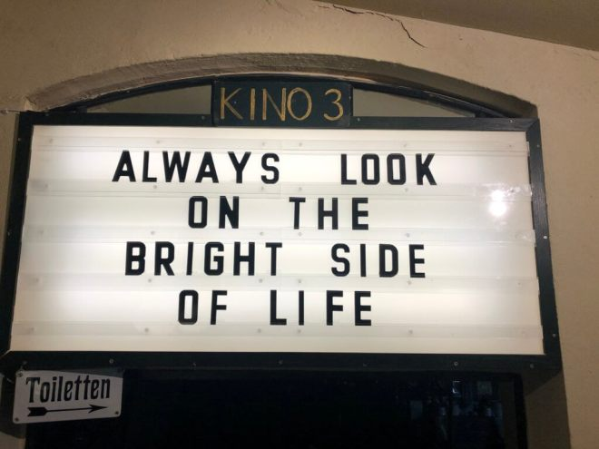 "Programmanzeiger: ""Always Look on the Bright Side of Life"""
