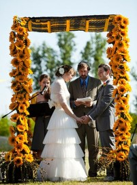 casamento_arco_portal_flores_cortina_amarelo_laranja_judeu_01