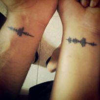 casacomidaeroupaespalhada_tatuagem_casal_tattoo_26
